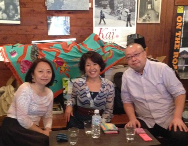 大原ケイさん(左)と堺三保さん(右)とのアメリカ出版事情トーク